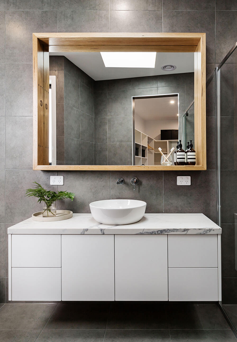 Glen Iris main bathroom renovation services